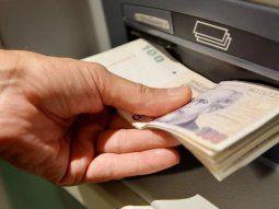 el gobierno prepara una suba del salario minimo