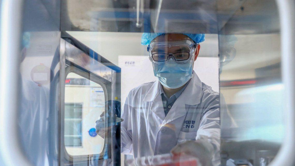 Detalles y ventajas de Sinopharm, la vacuna que llega esta semana al país desde China