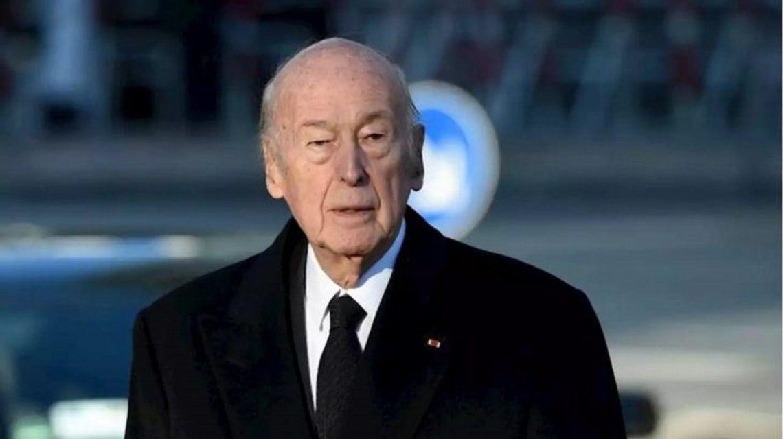 Falleció por coronavirus el ex presidente de Francia Giscard d'Estaing