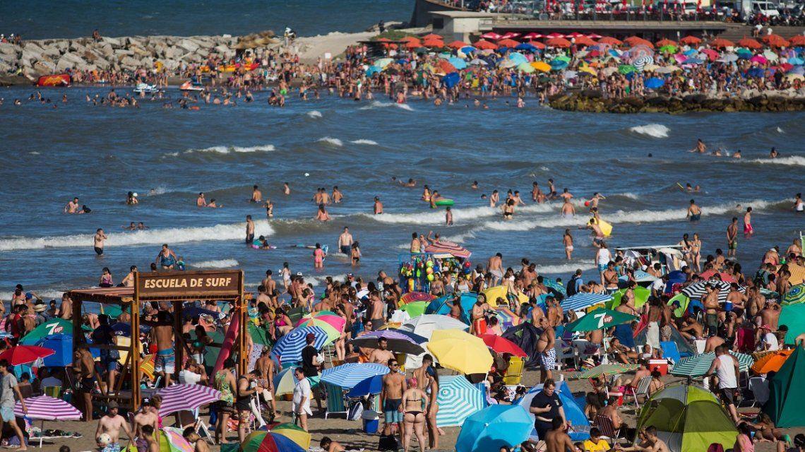 mar-del-plata-playa-verano