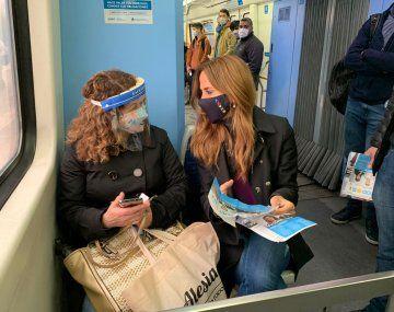 Tolosa Paz se subió al tren Roca y habló con la gente: qué le dijeron