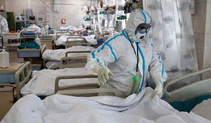 Covid-19 en Entre Ríos: faltan camas y derivaron pacientes a Rosario