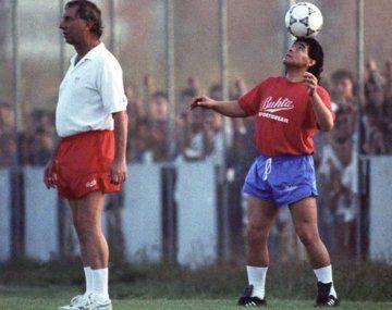 ¡La p... que te parió!: el día que Bilardo sacó a Maradona en el Sevilla