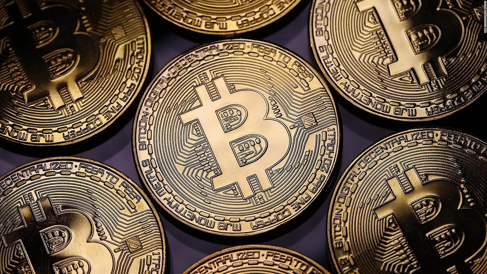 El Salvador la adoptó como moneda al bitcoin y se desplomó