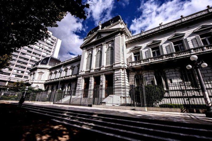 La Suprema Corte de Justicia de la provincia de Buenos Aires.