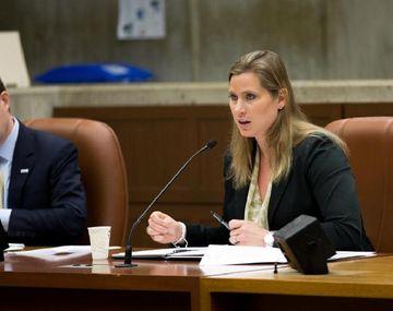 La estadounidense Angela Ruggiero, una integrante de los Miembros Ejecutivos del COI