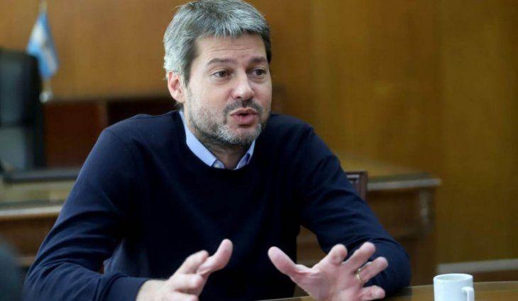 Lammens contradice al Gobierno: La idea es no parar el fútbol