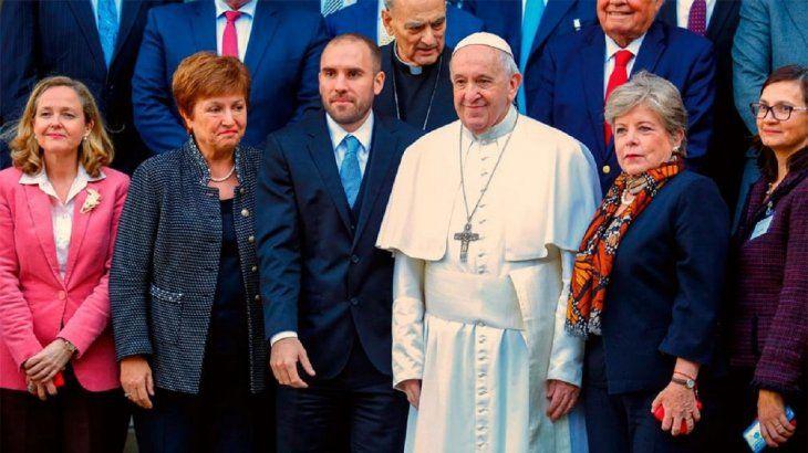 El Papa Francisco recibió a Martín Guzmán en el Vaticano