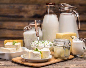 El Gobierno acordó sumar 32 productos lácteos a Precios Cuidados