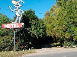 ¿Qué sanción tendría el dueño del motel donde 11 personas hacían una orgía?