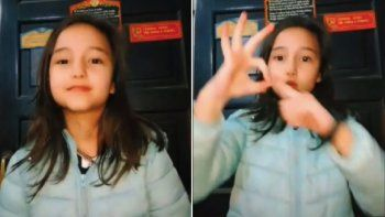 Pilar grabó el abecedario de L-Gante en lengua de señas y es el viral más tierno de las redes