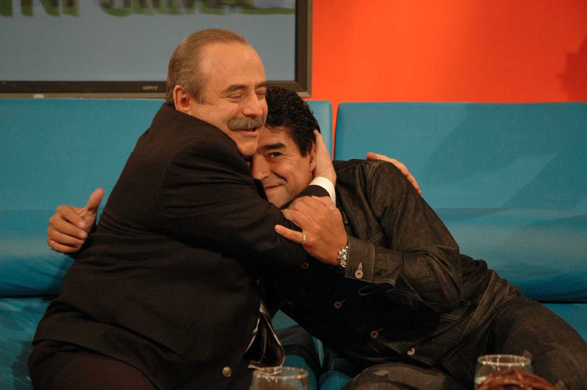 La desopilante reacción de Maradona el día que Guinzburg le dijo que Carrió podía ser presidenta