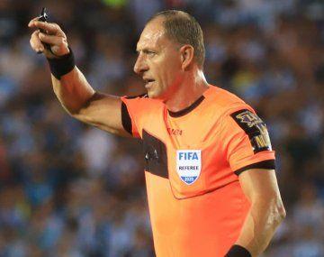 Néstor Pitana dirigirá la final de la Libertadores entre Palmeiras y Flamengo