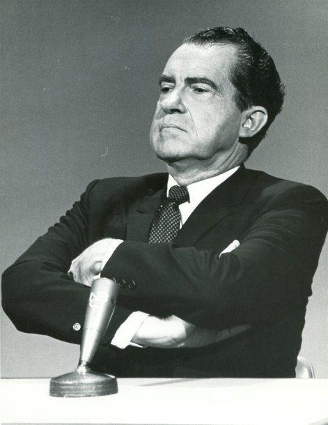 Estados Unidos: Richard Nixon prefirió renunciar a la presidencia antes que enfrentar al Senado