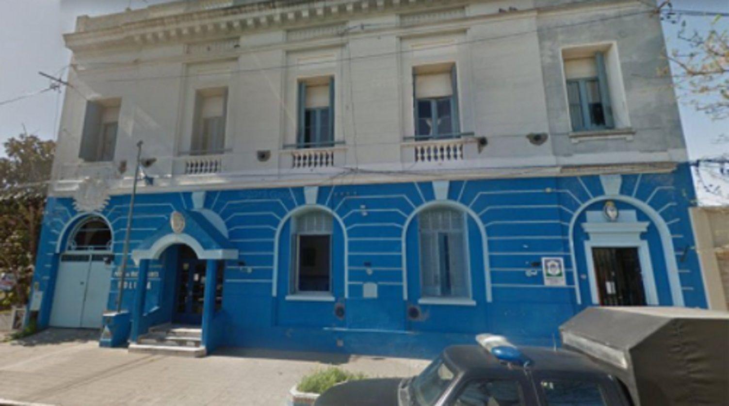 Los niños africanos abandonados en Bahía Blanca entraron al país con visa de turistas