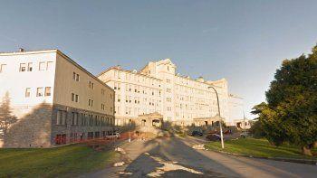 mar del plata, con record de casos activos por coronavirus, traslada pacientes a hoteles