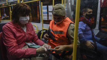 Por las restricciones, cayó un 20% el uso de transporte público
