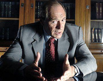 Eugenio Zaffaroni: Pepín asumió el papel de una María Julia en pantalones