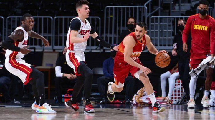 Denver Nuggets venció a Miami Heat con ocho puntos de Campazzo
