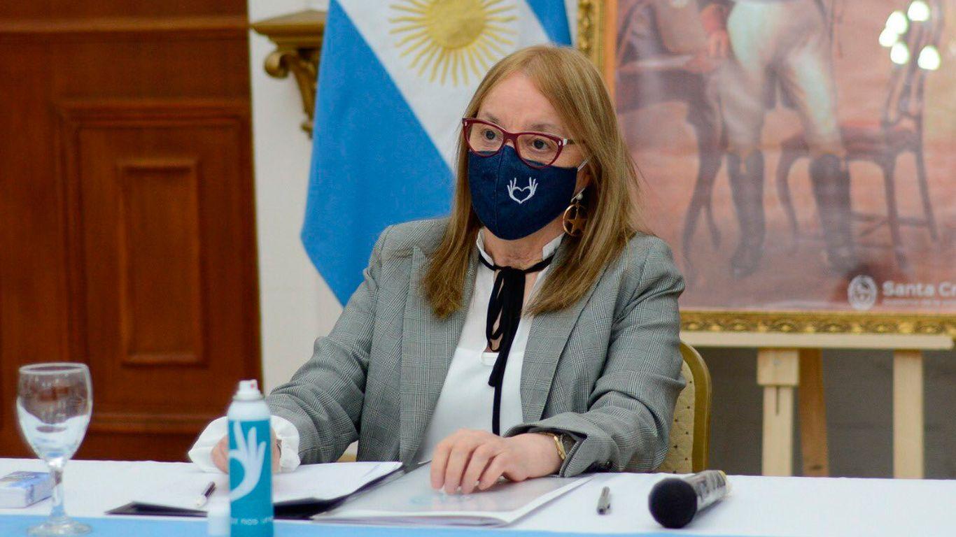 Santa Cruz: tras la derrota en las PASO Alicia Kirchner le pidió la renuncia a todo su gabinete