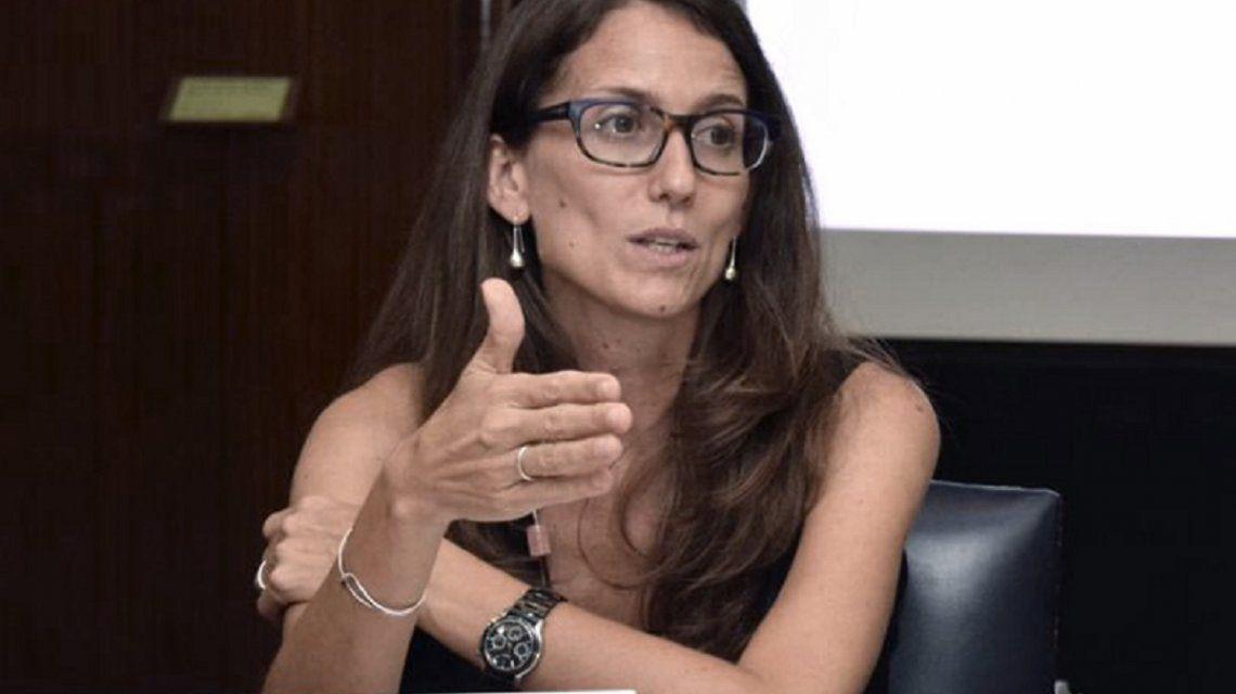 Aborto: Elizabeth Gómez Alcorta descartó cambios en el texto del proyecto del IVE